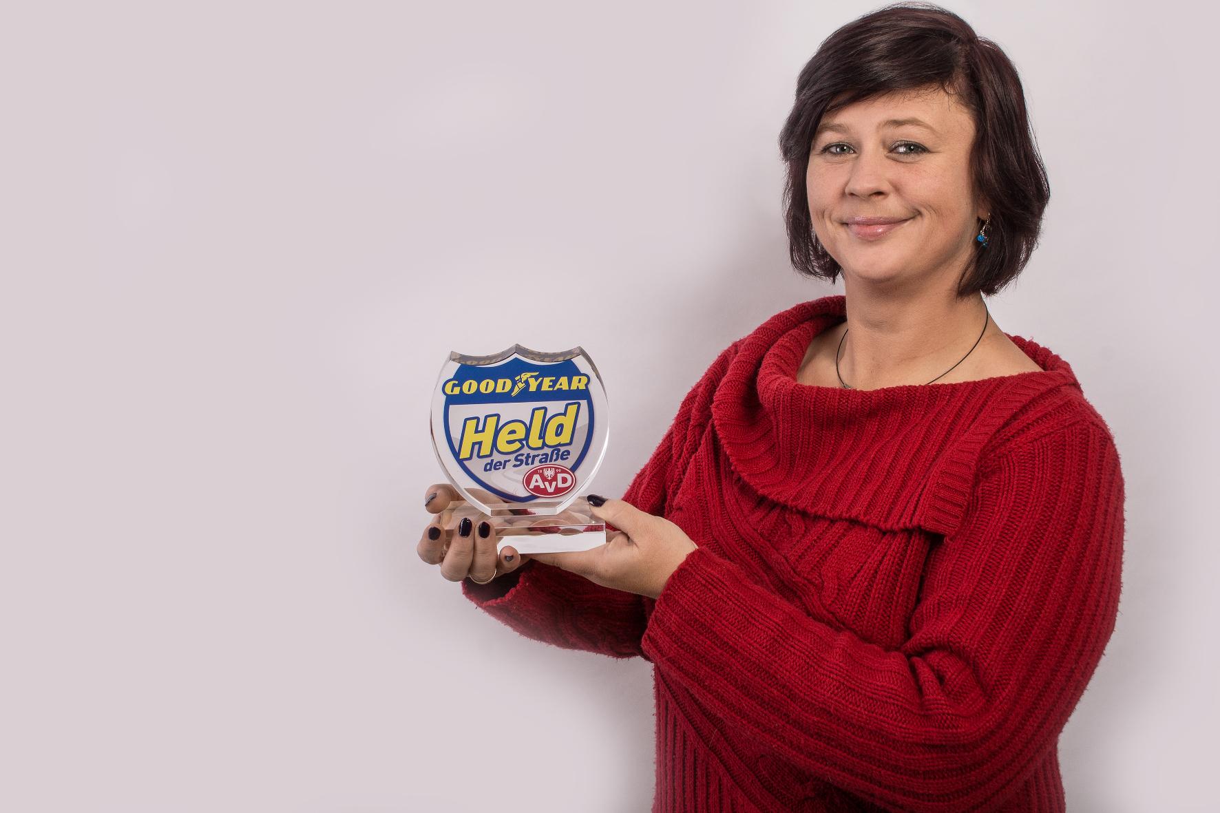 mid Groß-Gerau - Die Heldin der Straße des Monats Oktober: Andrea Hübner (36) aus Elsfleth. Goodyear / AvD