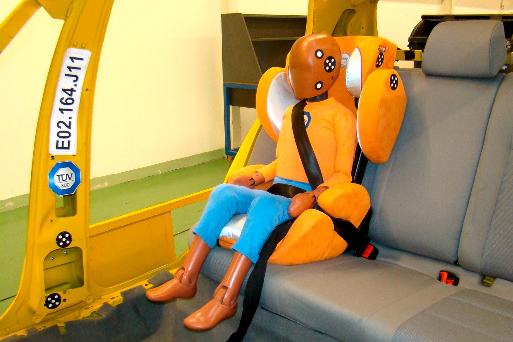 mid Groß-Gerau - Sitzpolster mit integriertem Rückenteil bieten größeren Kindern mehr Sicherheit. TÜV Süd
