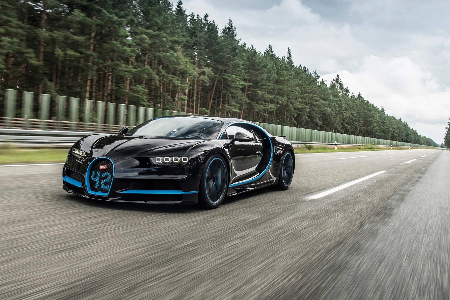 mid Groß-Gerau - 1.500 PS stark und über 400 Kilometer pro Stunde schnell ist der Bugatti Chiron. Um ihn zu stoppen, braucht es eine große Bremsanlage. Bugatti