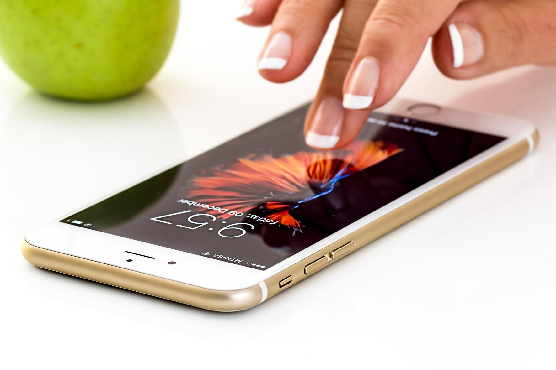 mid Groß-Gerau - Das iPhone ersetzt bei Apple Pay das Portemonnaie. stevepb / pixabay.com