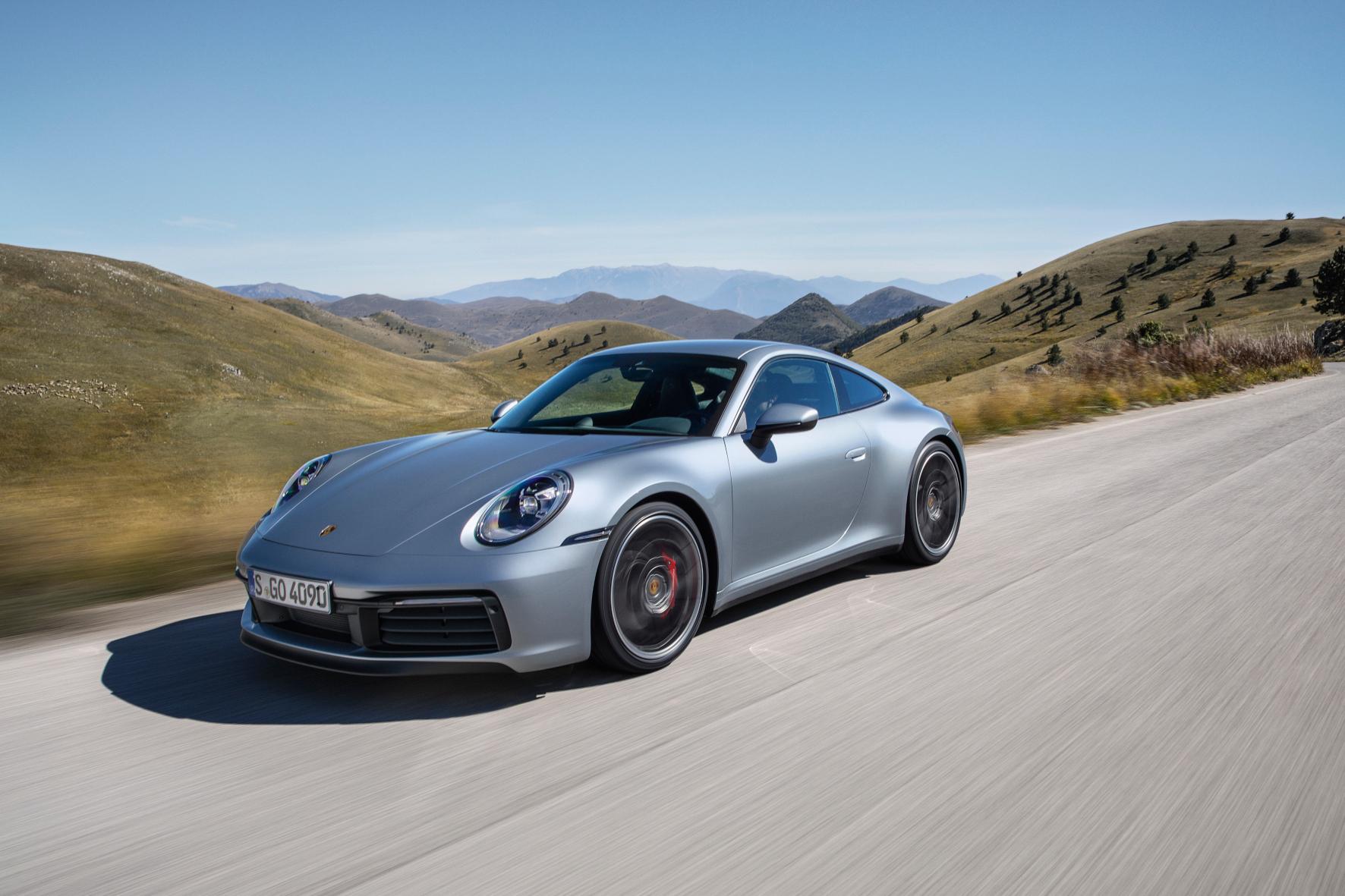 mid Zuffenhausen - Der neue Porsche 911 ist auch in achter Generation der Sportwagen schlechthin geblieben. Porsche