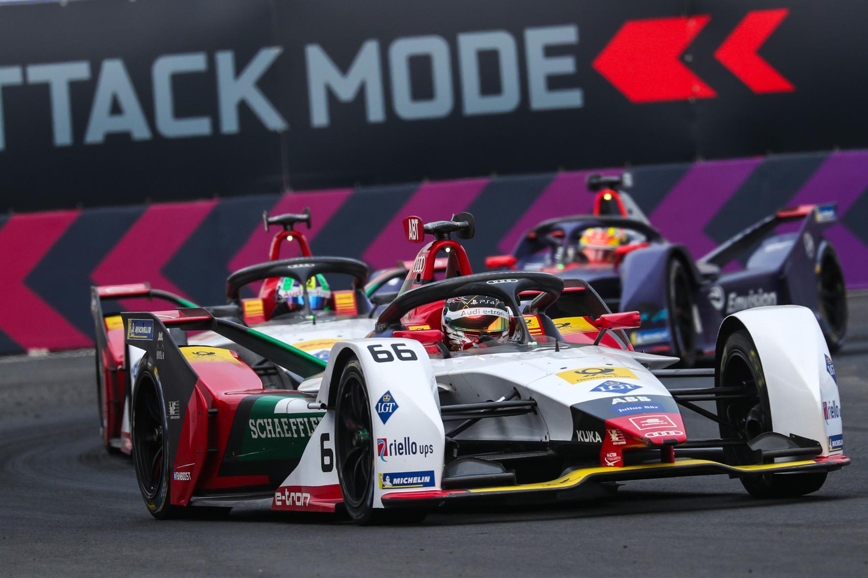 mid Groß-Gerau - Daniel Abt (vorne) holt beim Formel-E-Rennen im chinesischen Sanya als Fünfter wichtige Punkte für das Team Audi Sport Abt Schaeffler Audi