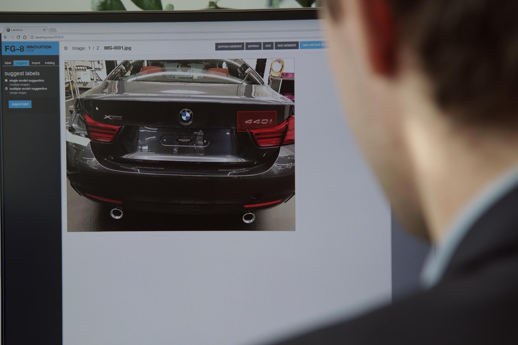 mid Groß-Gerau - Fahrzeugherstellung voll auf dem Schirm: Künstliche Intelligenz ermöglicht die digitale Steuerung der Serienproduktion. BMW
