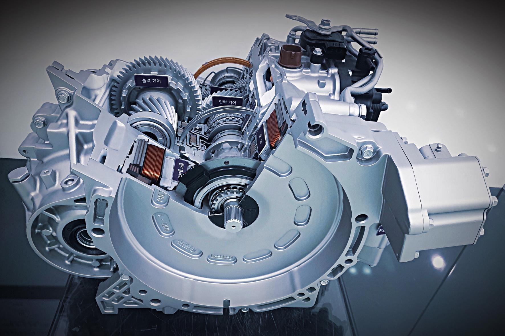 mid Groß-Gerau - Die Active Shift Control(ASC)soll die Schaltzeit eines Hybridgetriebes um 30 Prozent verbessern und gleichzeitig den Kraftstoffverbrauch reduzieren. Hyundai