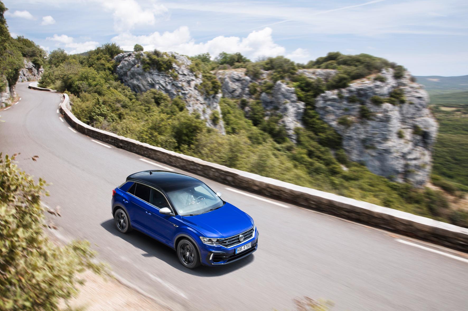 mid Groß-Gerau - Der neue VW T-Roc R ist ab 43.995 Euro in Deutschland bestellbar. VW