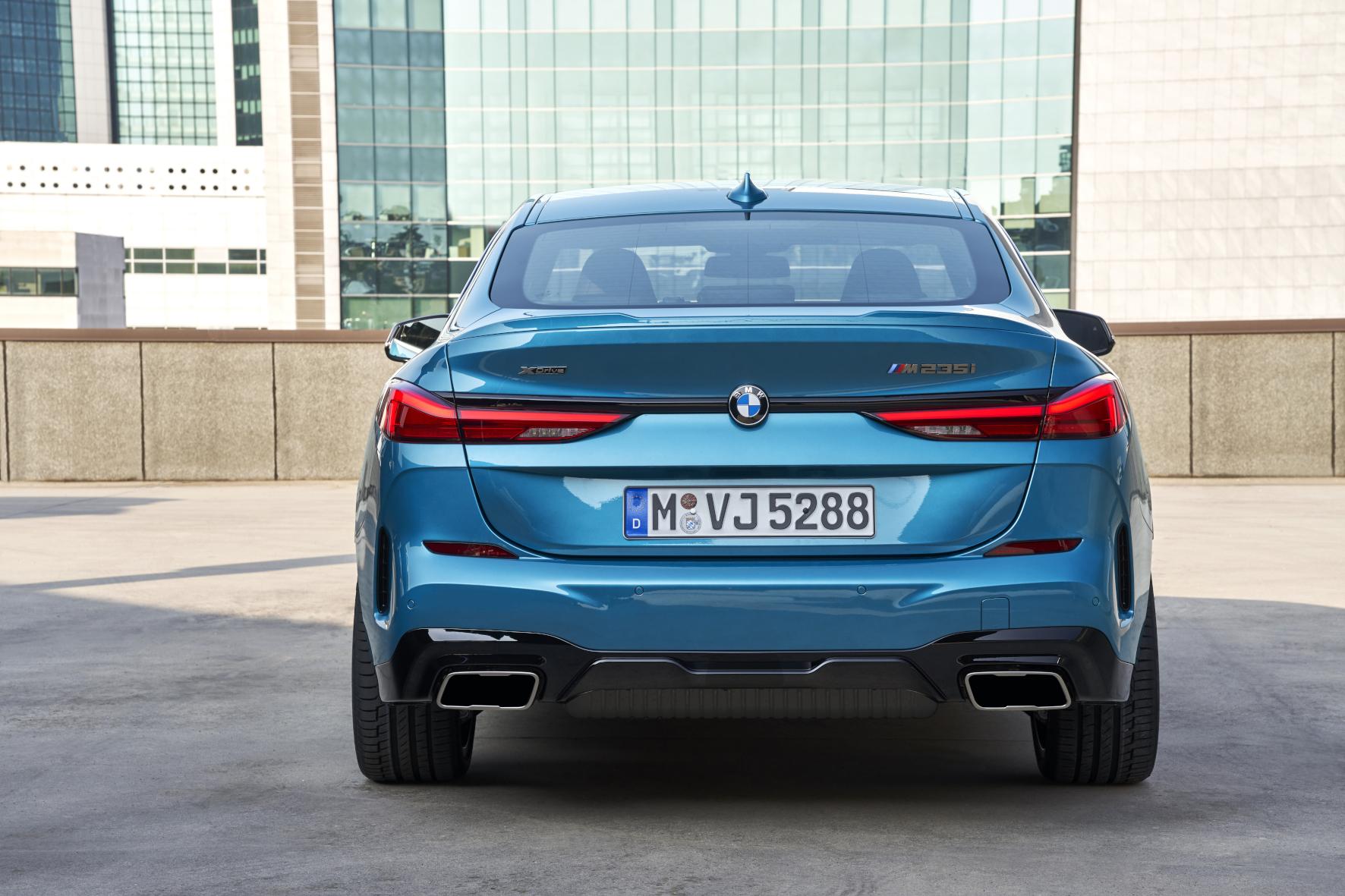 mid Groß-Gerau - Eleganter Abgang: Das Heck des 2er Gran Coupé ziert eine kräftige Abrisskante. BMW