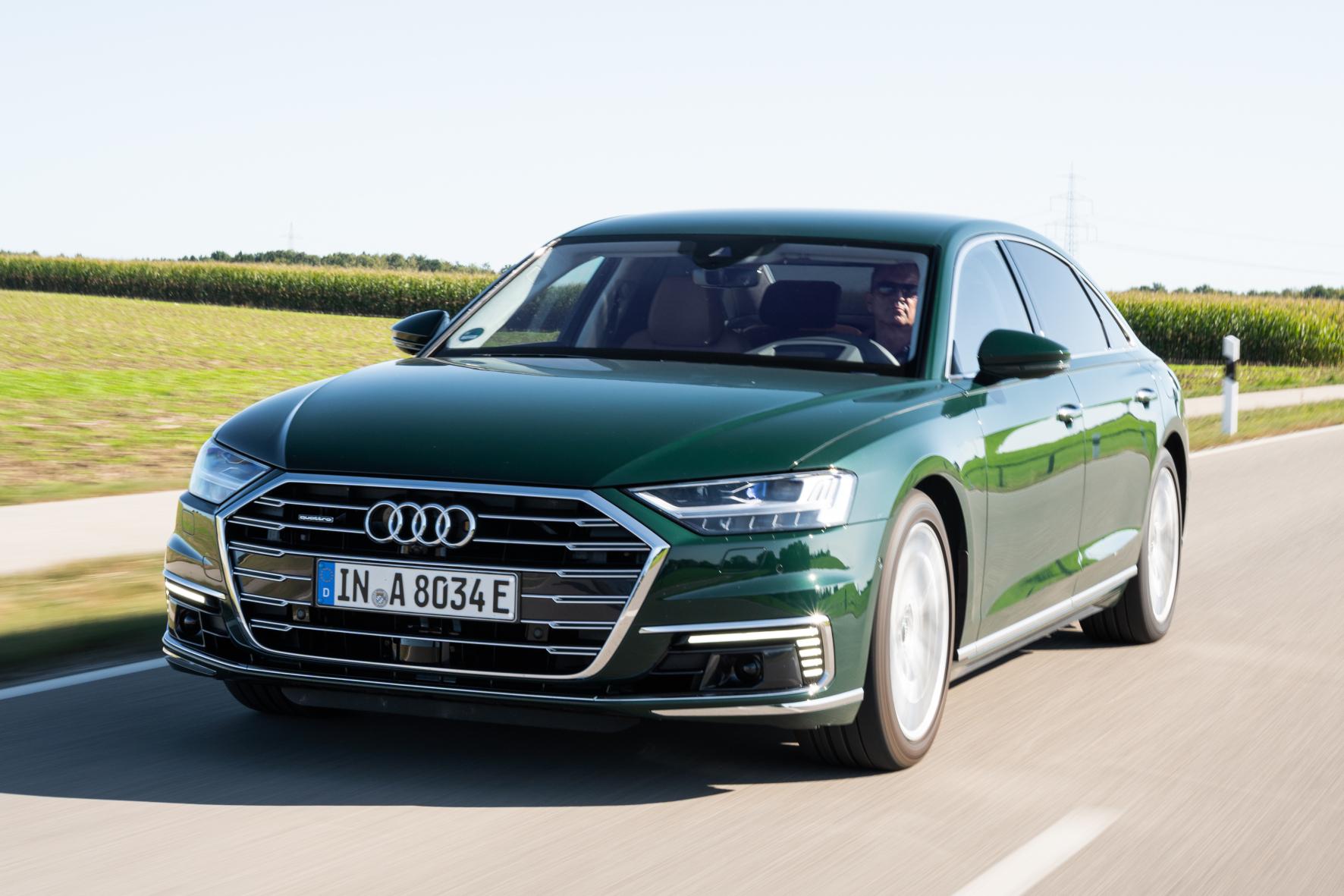 mid Groß-Gerau - Die CO2-Emissionen des neuen A8 L-Plug-in liegen zwischen 57 und 61 g/km. Audi