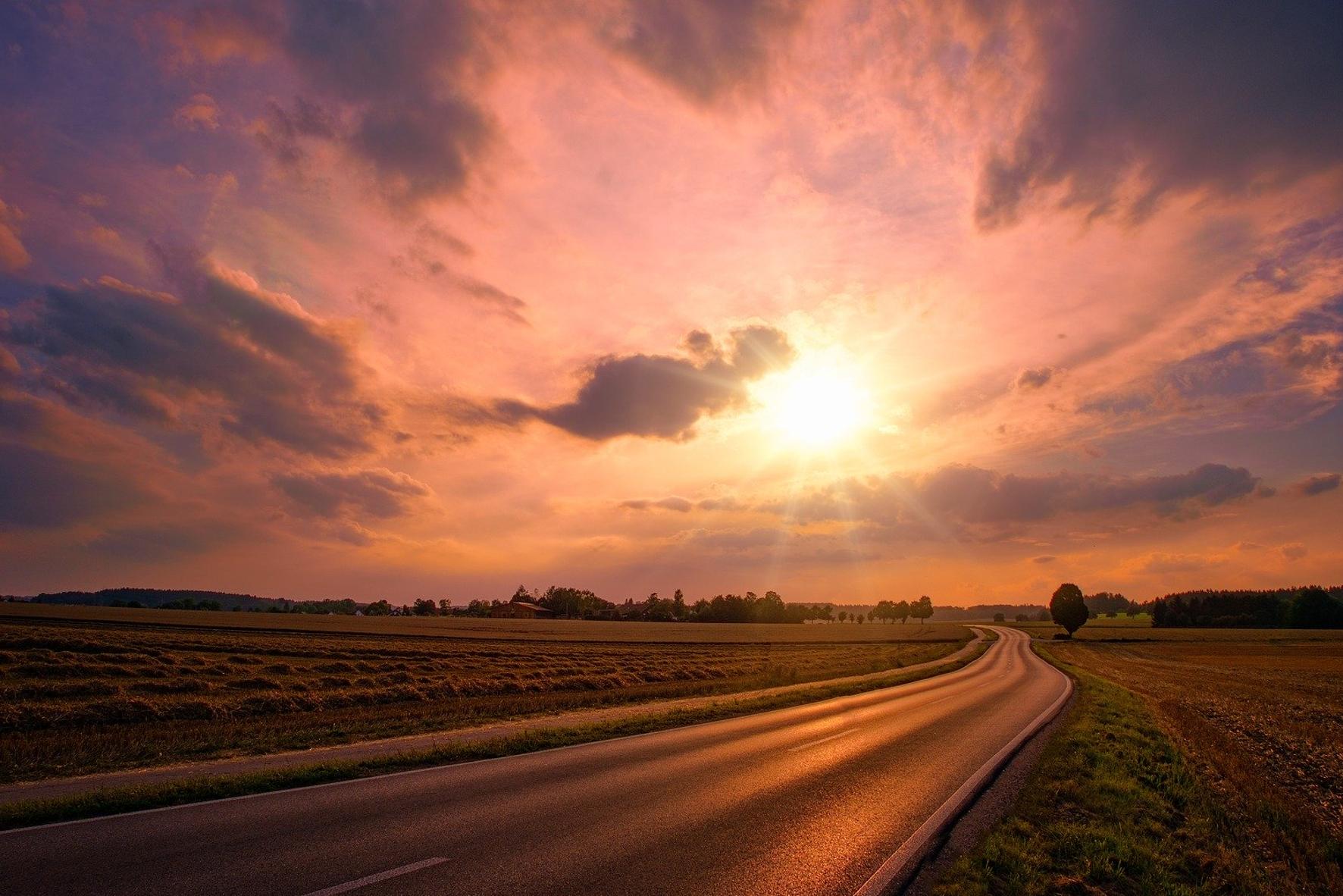 mid Groß-Gerau - Die tiefstehende Sonne ist nicht zu unterschätzen. Pixabay/jplenio