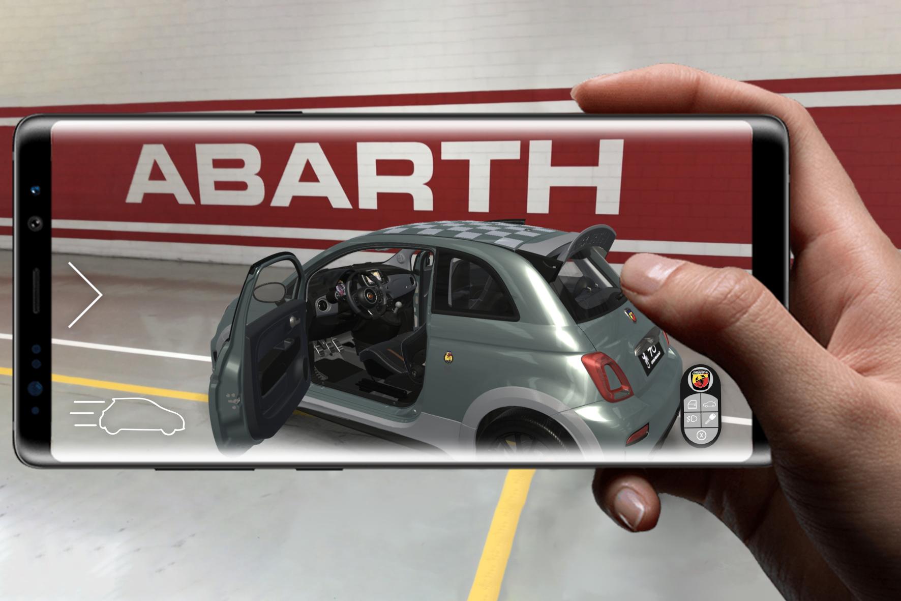 mid Groß-Gerau - Mit Hilfe der neuen App kann der Abarth 695 70° Anniversario hautnah begutachtet werden. FCA