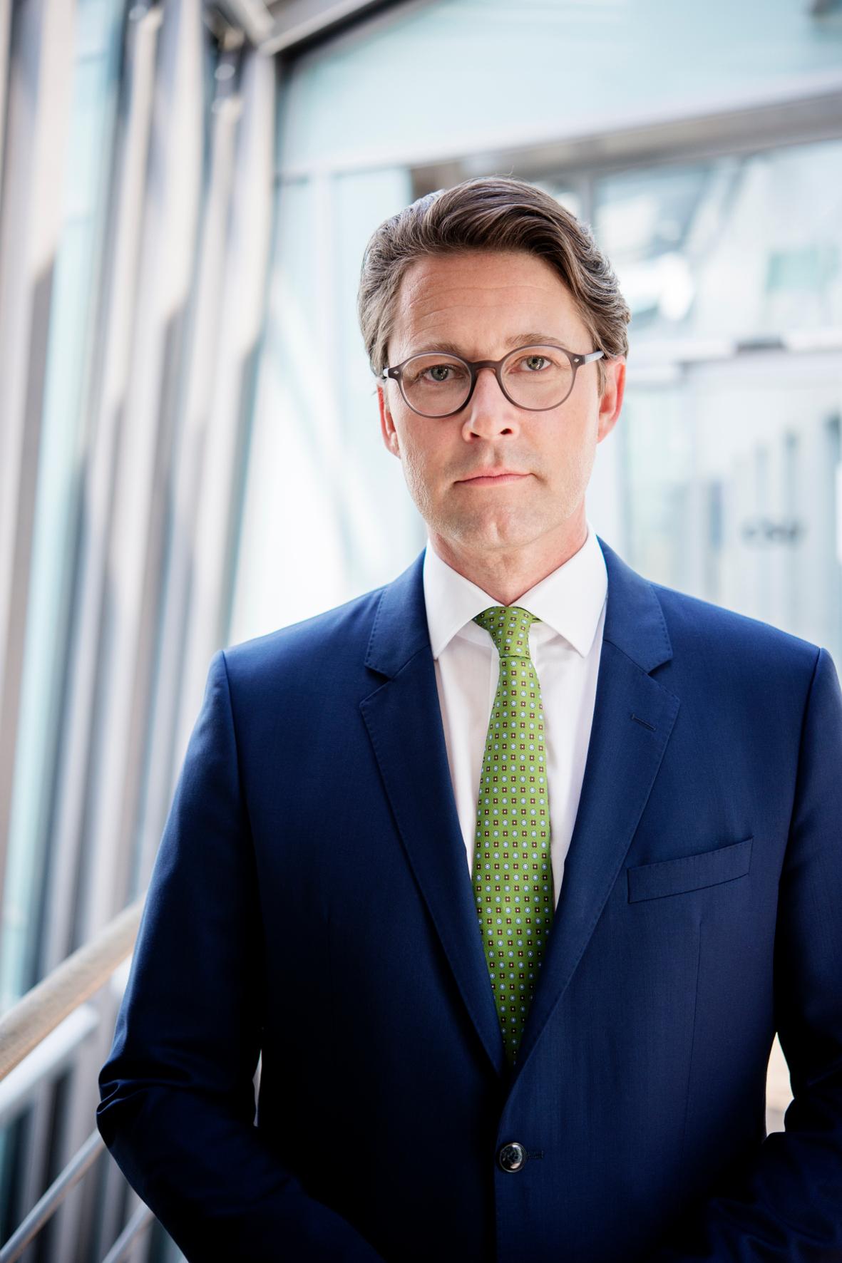 mid Groß-Gerau - Bundesverkehrsminister Andreas Scheuer steht nach dem Maut-Desaster erheblich unter Druck. CSU