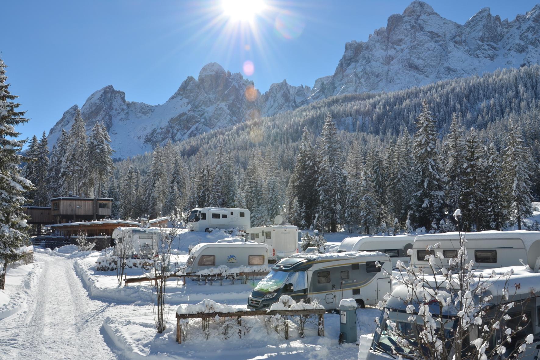 mid Groß-Gerau: Auch der Winterurlaub will gut vorbereitet sein. ADAC
