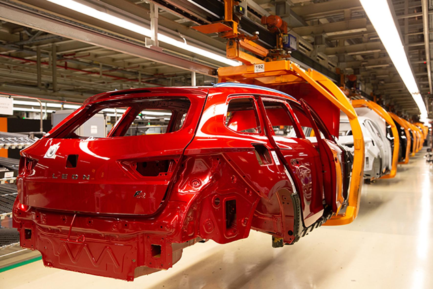 mid Groß-Gerau - Die Produktion eines Autos erfordert eine präzise Koordination, damit alle Teile genau zum richtigen Zeitpunkt eintreffen. Seat