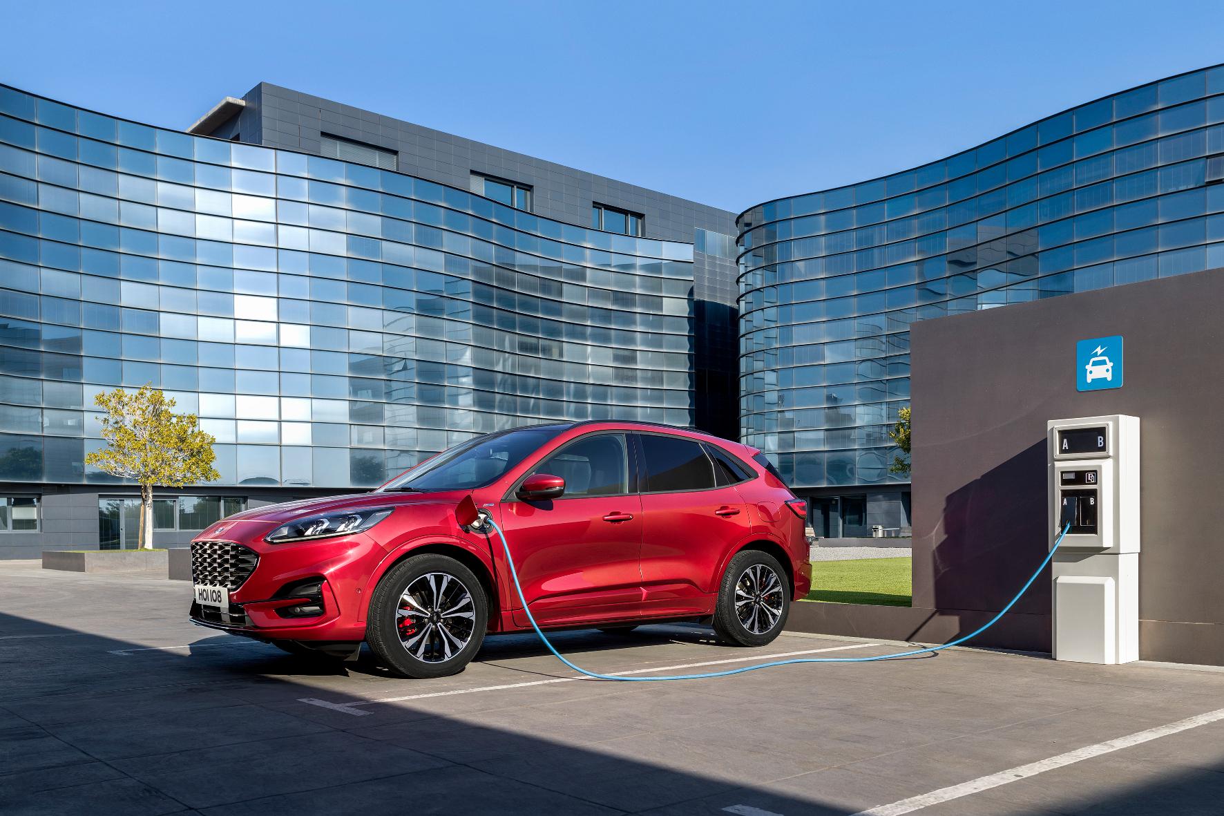 mid Groß-Gerau - Während der Gewerbewochen bietet Ford spezielle Konditionen fürs Kuga-Leasing. Ford