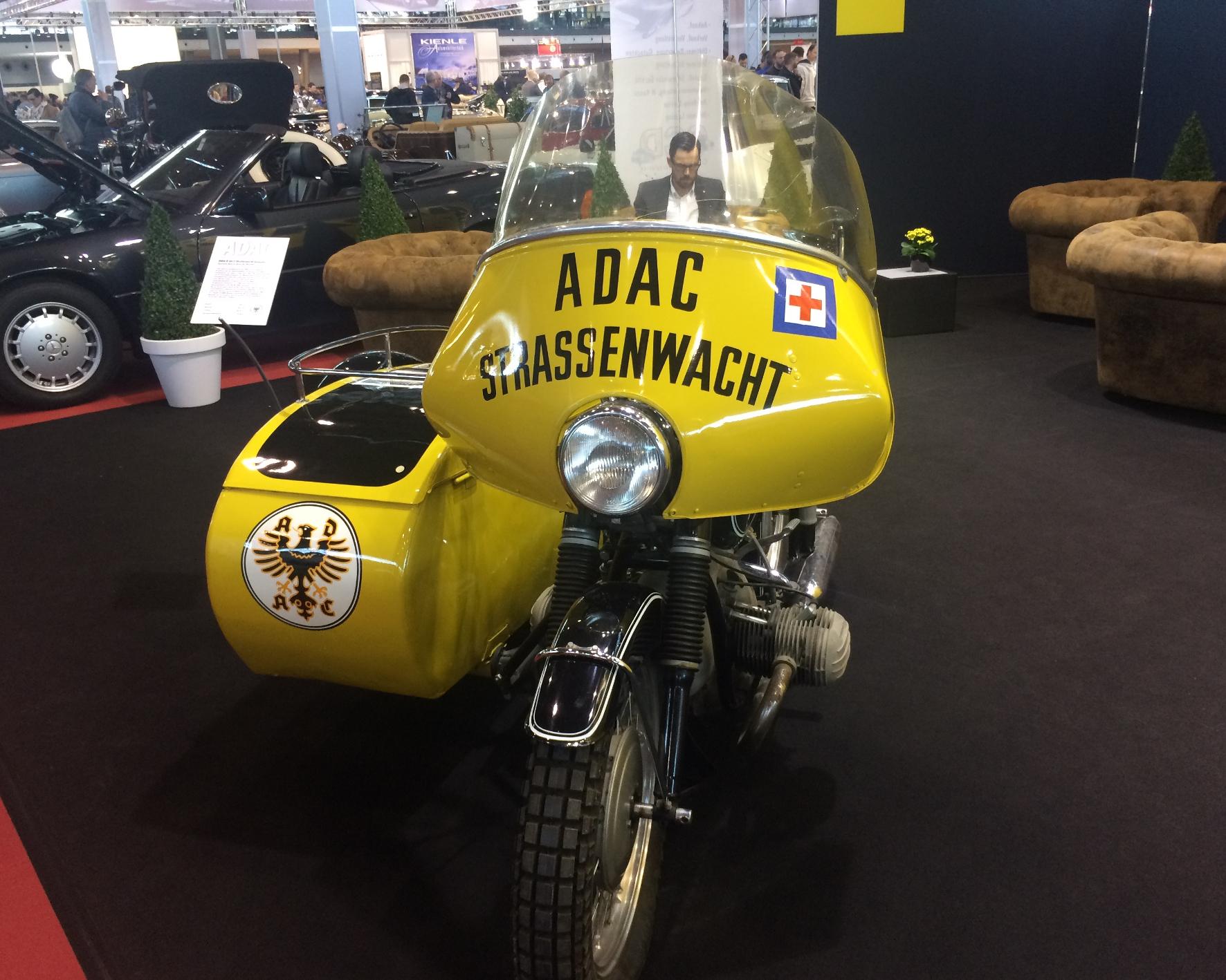 mid Groß-Gerau - Blickfang: ein originales ADAC-Straßenwachtgespann von 1954. ADAC
