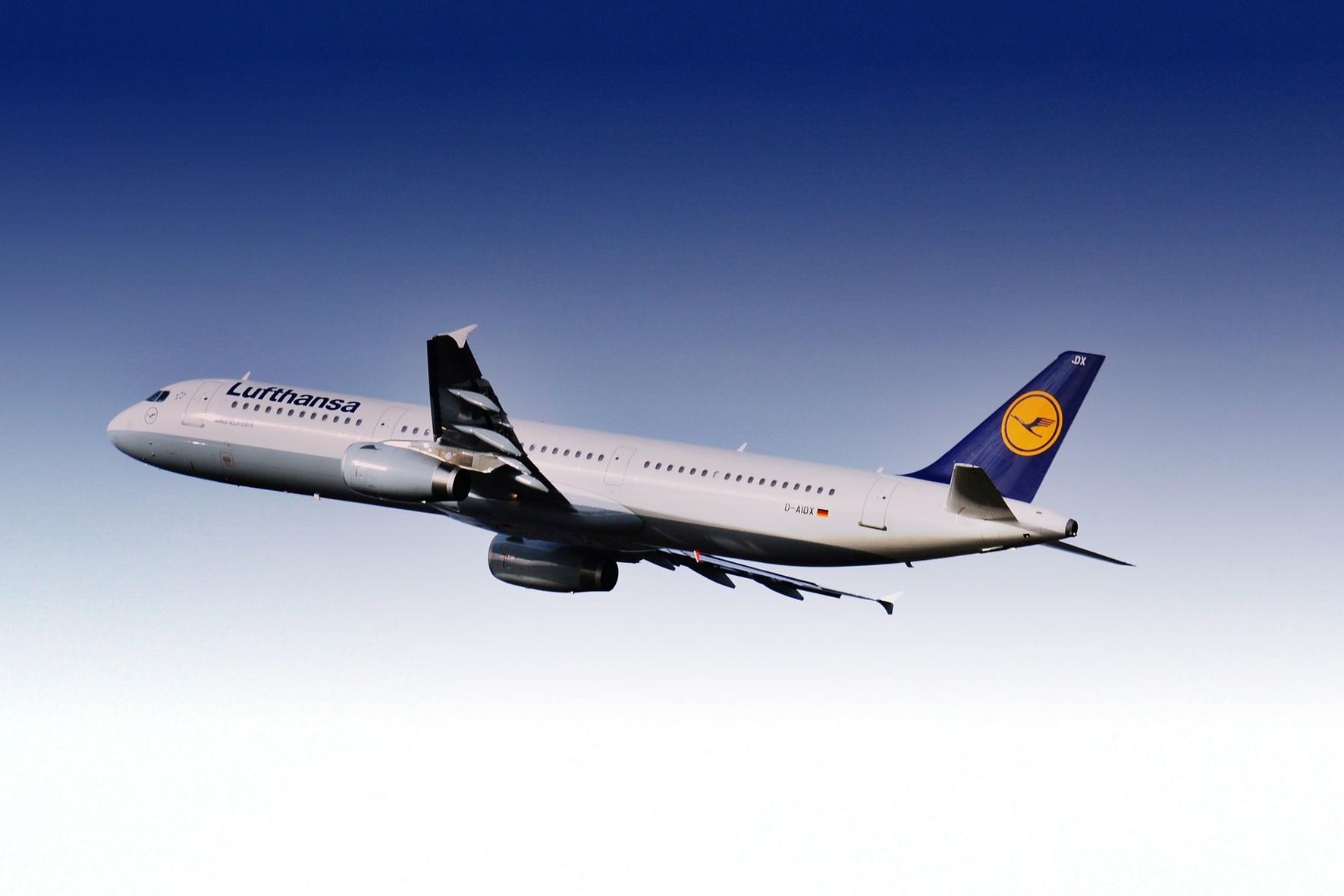 mid Groß-Gerau - Für die Lufthansa soll es in der Corona-Krise bald wieder aufwärts gehen. Alexas_Fotos / pixabay.com